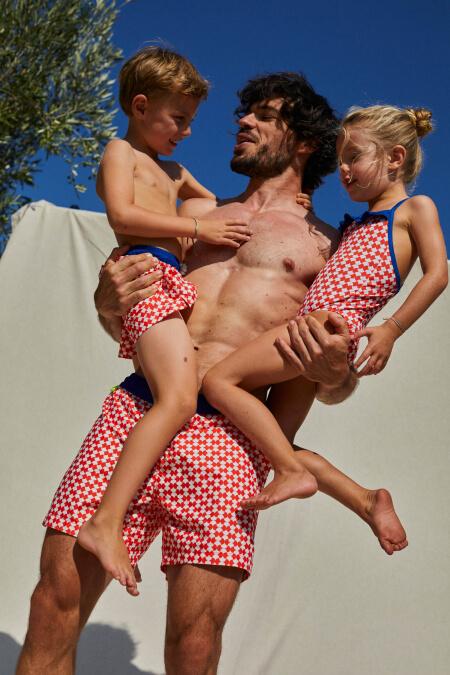 homme portant un maillot de bain Red Woodstock